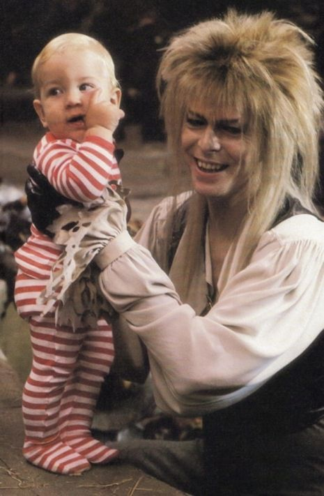 Intimate photos of David Bowie, Jennifer Connelly & more from the set of 'Labyrinth'